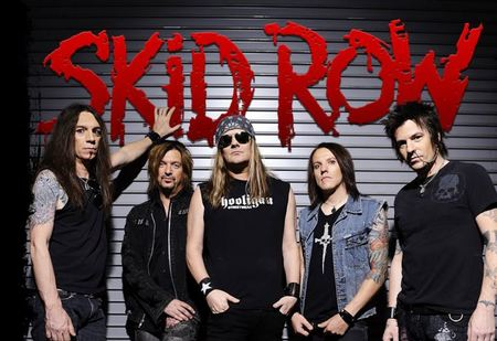 SKID ROW IN CONCERTO AL ROCK PLANET