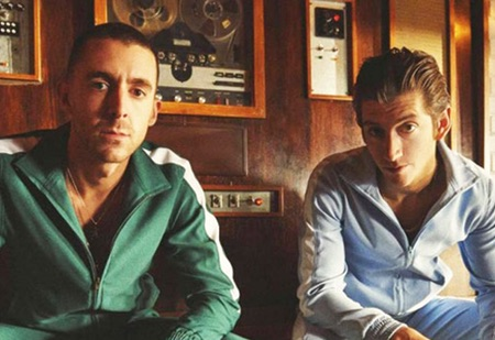 THE LAST SHADOW PUPPETS IN CONCERTO A FERRARA